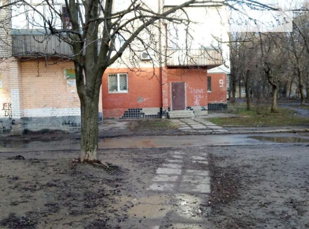 Продажа объекта сферы услуг, Днепропетровск, р‑н.Тополь, Тополь-3