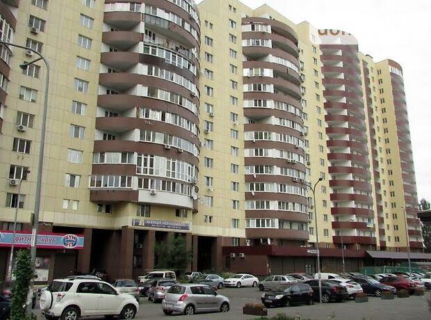 Офисное помещение на 608 кв.м. в нежилом помещении в жилом доме в Киеве фото 1