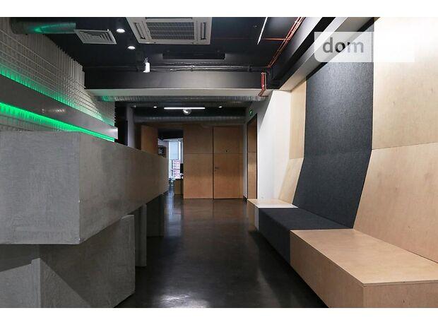 Офисное помещение на 720 кв.м. в бизнес-центре в Киеве фото 1