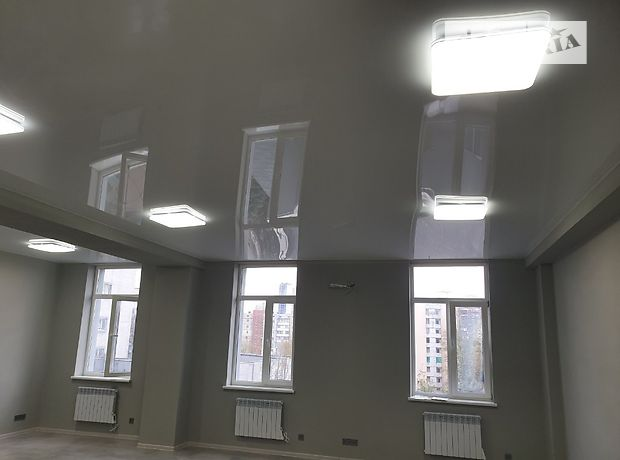 Офисное помещение на 64 кв.м. в бизнес-центре в Киеве фото 1