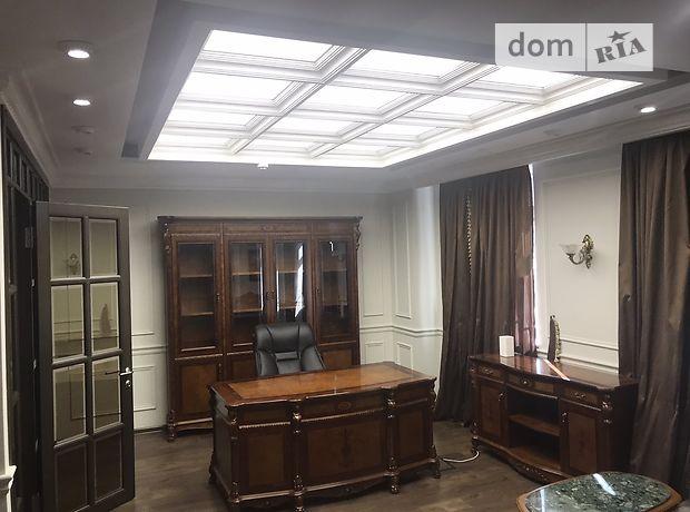 Офисное помещение на 240 кв.м. в бизнес-центре в Киеве фото 1