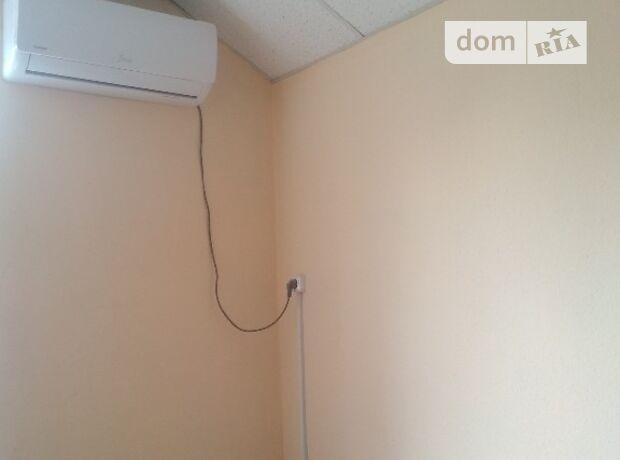 Офисное помещение на 57.9 кв.м. в административном здании в Ровно фото 1