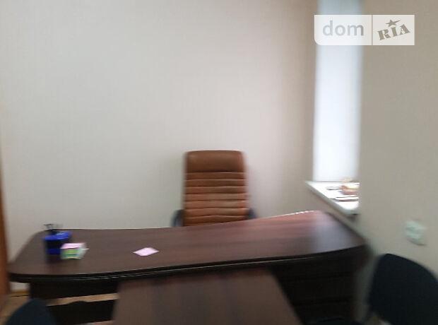 Офисное помещение на 22.5 кв.м. в торгово-офисном центре в Тернополе фото 1