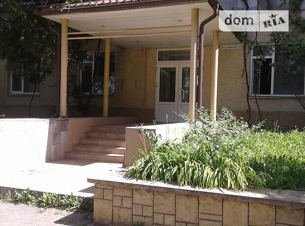 Офисное помещение на 759 кв.м. в нежилом помещении в жилом доме в Ужгороде фото 2