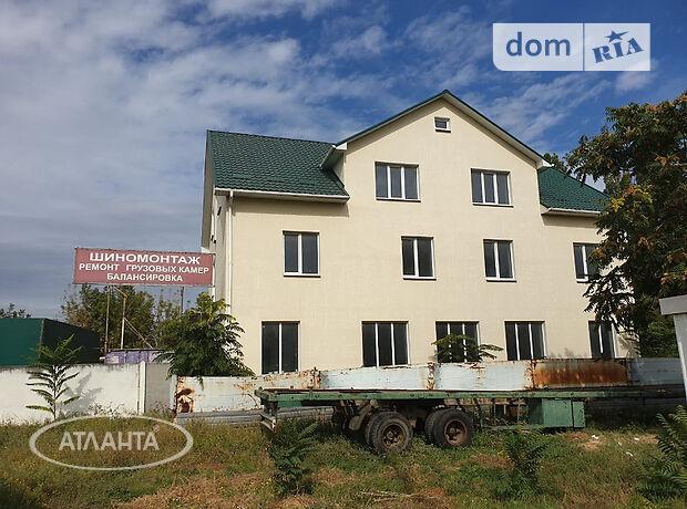 Офисное трехэтажное здание в Беляевке площадью 612.2 кв.м. фото 1