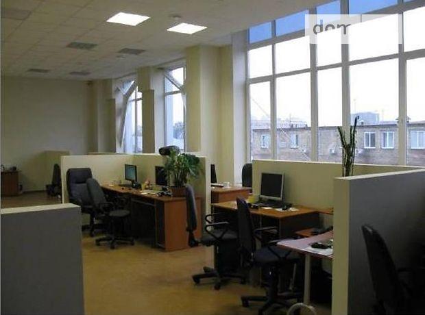 Офисное четырехэтажное здание в Киеве площадью 9200 кв.м. фото 1