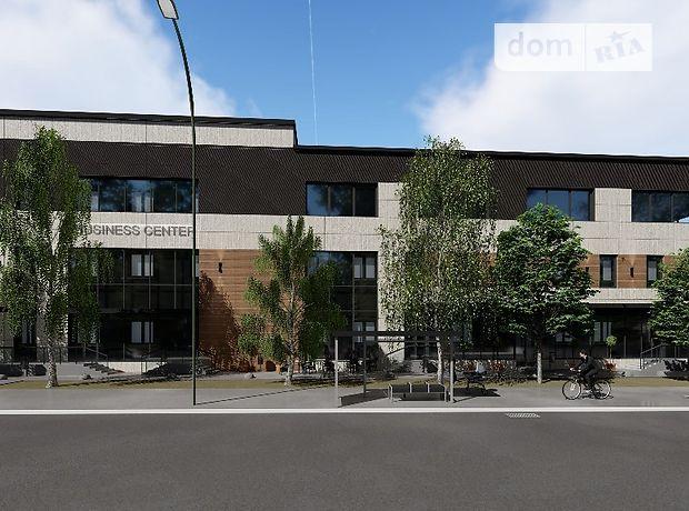 Офисное трехэтажное здание в Киеве площадью 2967 кв.м. фото 1