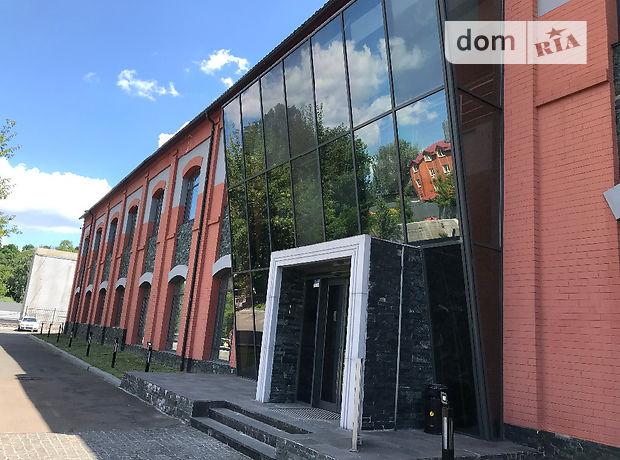 Офисное двухэтажное здание в Киеве площадью 2300 кв.м. фото 1