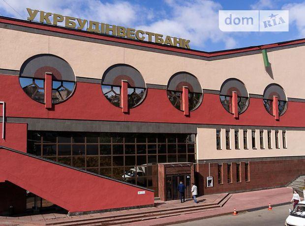 Офисное четырехэтажное здание в Киеве площадью 3740 кв.м. фото 1