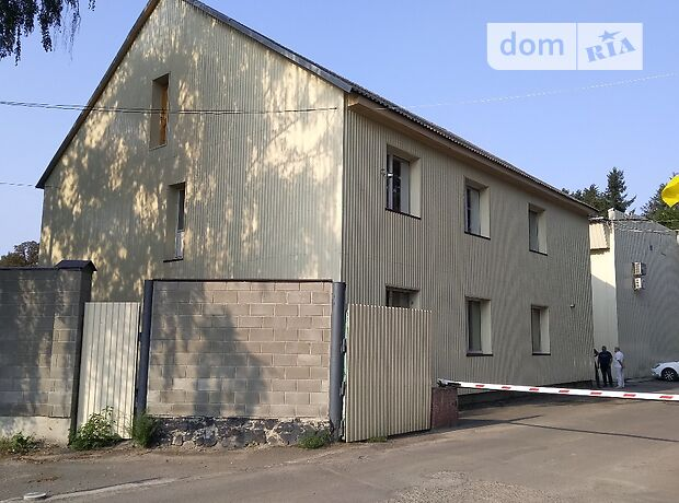 Офисное двухэтажное здание в Луцке площадью 323.2 кв.м. фото 1