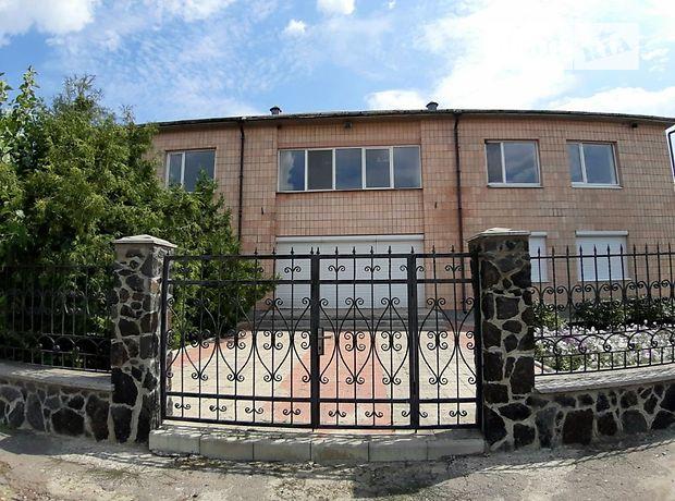 Офисное двухэтажное здание в Шполе площадью 650 кв.м. фото 1