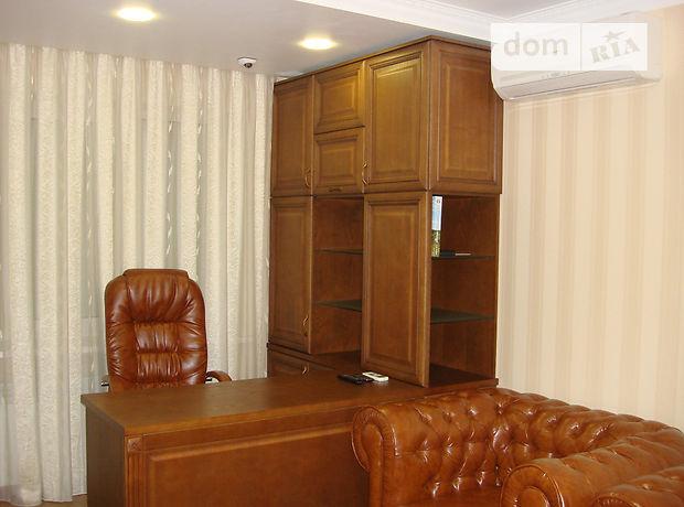 Офисное помещение на 68 кв.м. в нежилом помещении в жилом доме в Борисполе фото 1