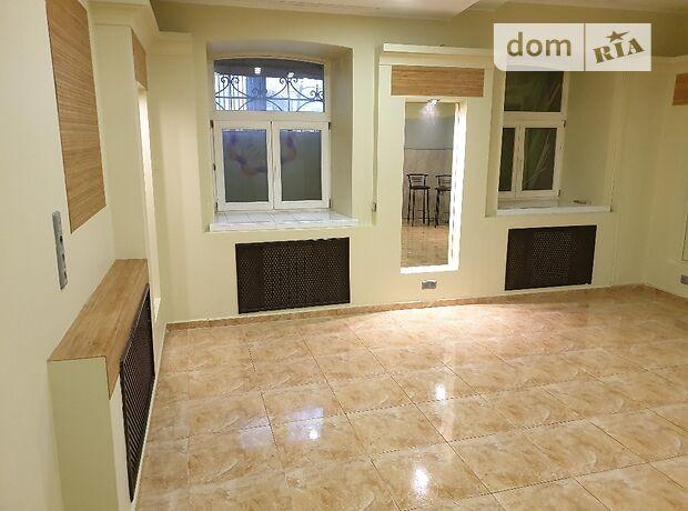 Офісне приміщення на 125 кв.м. в нежитловому приміщені в житловому будинку в Києві фото 1