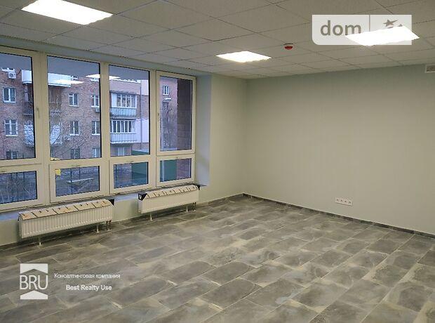 Офісне приміщення на 406.5 кв.м. в нежитловому приміщені в житловому будинку в Києві фото 1