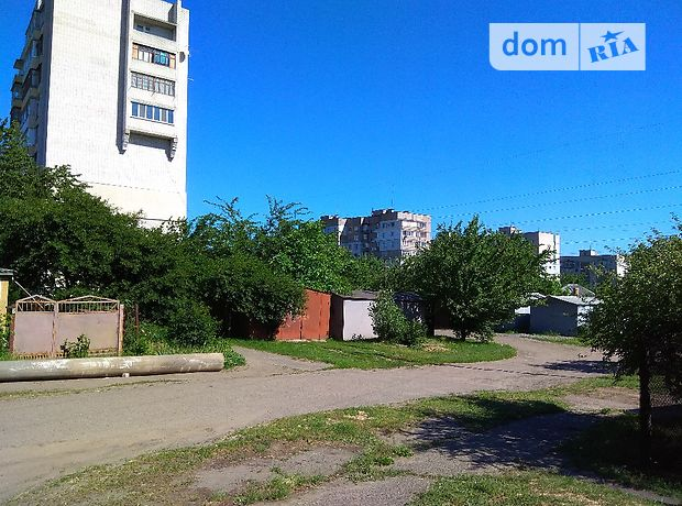 Продажа отдельно стоящего гаража, Черкасская, Смела, Уманская