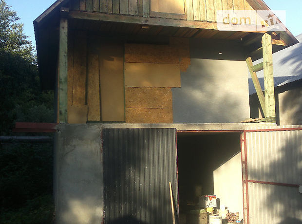 Отдельно стоящий гараж под легковое авто в Сваляве, площадь 30 кв.м. фото 1
