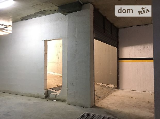 Место в подземном паркинге под легковое авто в Одессе, площадь 26 кв.м. фото 1