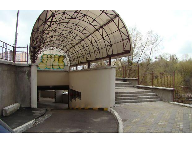 Место в подземном паркинге универсальный в Киеве, площадь 14.71 кв.м. фото 1