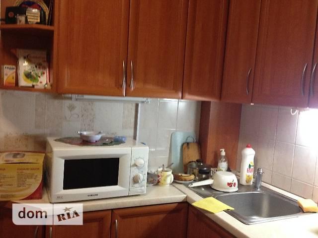 трехкомнатная квартира в Киеве, район Подольский, на ул. Наталии Ужвий в аренду на долгий срок помесячно фото 1