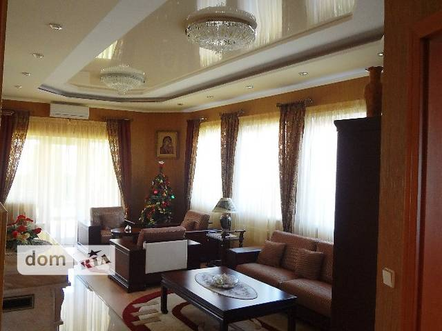 "Продажа дома, 250м², Ужгород, р‑н.Центр, Р-н "" Изумруд"""