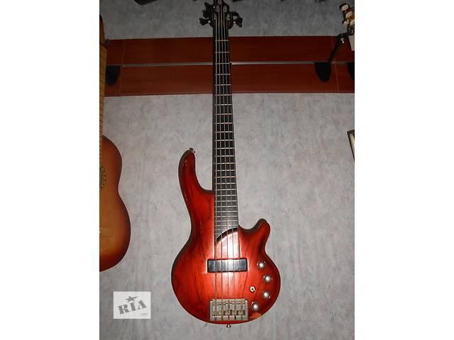 бу ( 0246 ) Отличная Бас гитара Cort Curbow в Черкассах