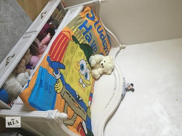 бу 1.Детское підросткове кроватку. Ручная работа.2.Детский набор кроватки и комода (пеленатор) в Киеве