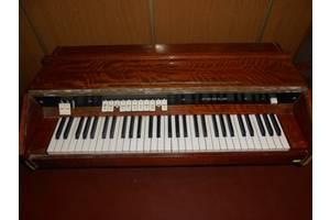 б/у Компактные фортепиано