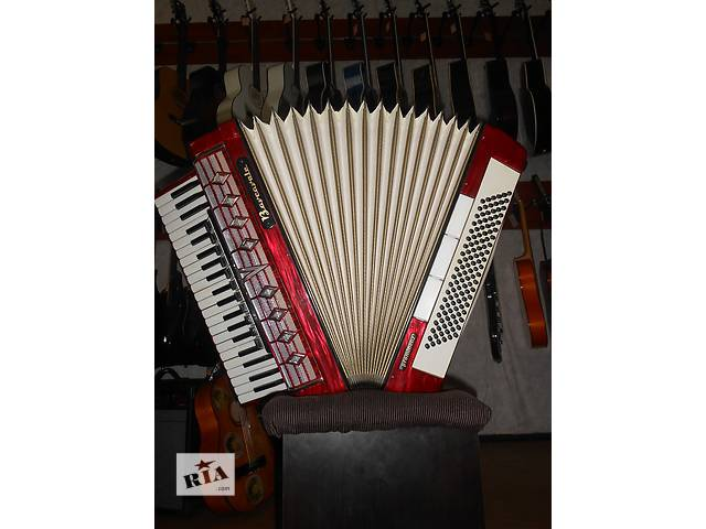 продам ( 1635 ) Безупречный аккордеон Barcarole Prominenz бу в Чернигове