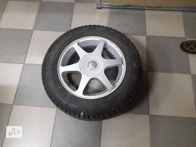 бу 195х65х15 Продам шины с дисками в Киеве