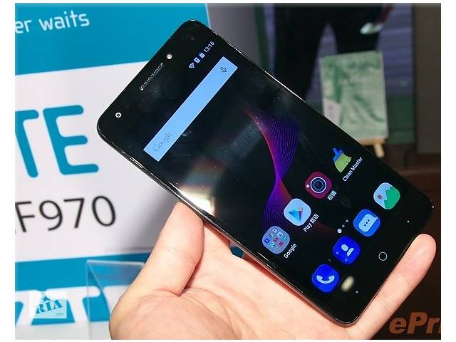5.5'' ZTE Blade A813 2GB+16GB Черный 3000mAh 13Mp- объявление о продаже  в Черновцах