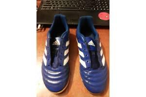 б/у Детские бутсы футбольные Adidas