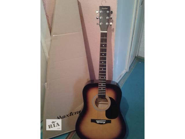 бу Акустическая гитара в отличном состоянии в Донецке