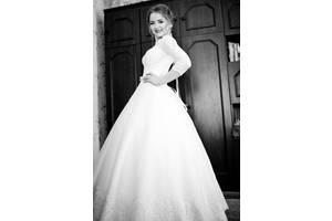Весільні сукні