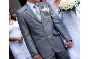 Весільні костюми