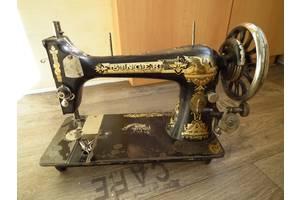 Антикварні швейні машинки