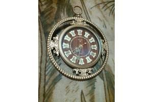 Старовинні годинники настінні