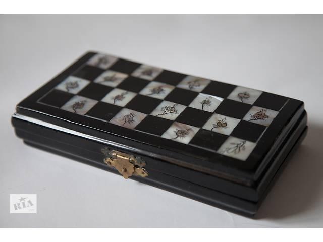 Антикварные шахматы из Вьетнама- объявление о продаже  в Киеве