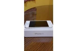 б/у Apple Apple iPhone 5