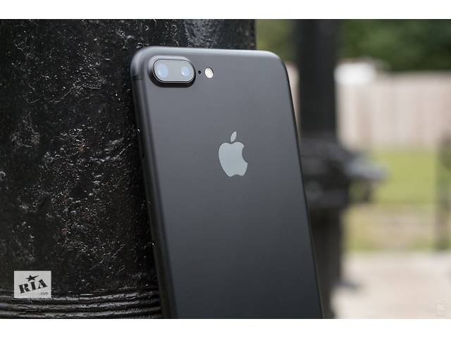 продам Apple iPhone 7 Plus 128GB    бу в Киеве