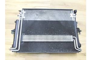 Радиатор Audi Q7