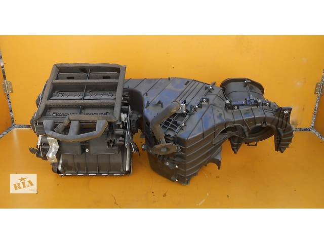 бу Автономная печка вентиляция моторчики заслонки отопителя 7L0820005T Volkswagen Touareg Туарег Porsche Cayenne в Ровно
