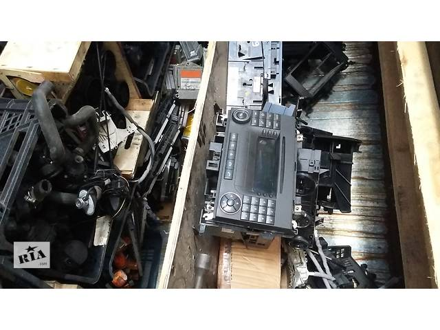 Б/у 1,2-динова магнитола Volkswagen Crafter Фольксваген Крафтер, Мерседес Спринтер, W906 2006-2012г.г.- объявление о продаже  в Луцке