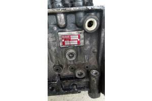 б/у Топливные насосы высокого давления/трубки/шестерни Daf 65