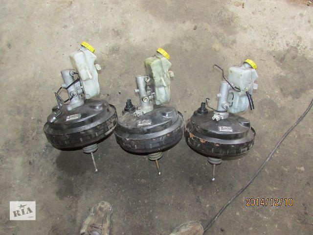 купить бу Б/у 7H0612101H 7H0612101G 7H0612101F 7H0612101E вакуумник сцепления для легкового авто Volkswagen T5 (Transporter) 2008 в Хусте