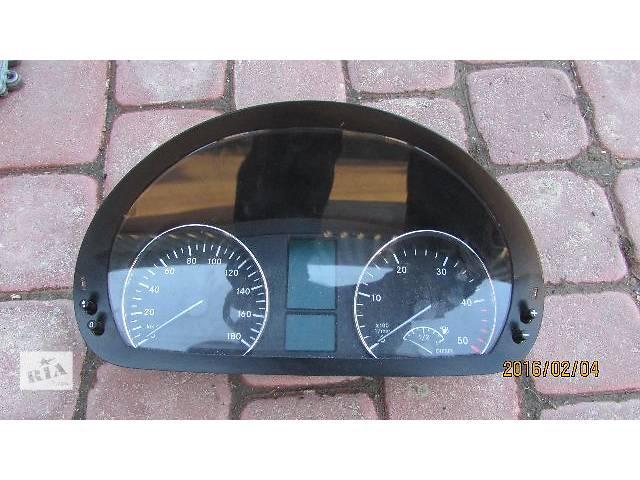 продам Б/у A9069005400 A9064465821 A9065420101 A9065422101 панель приборов для Mercedes Sprinter 2009 бу в Хусте
