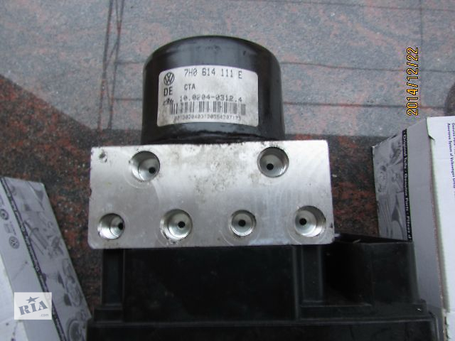 продам Б/у абс 7H0907379E 7H0614111E  и датчики для легкового авто Volkswagen T5 (Transporter) 2007 бу в Виноградове