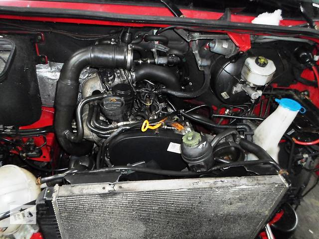 бу Б/у Аккумулятор 100 Volkswagen Crafter Фольксваген Крафтер 2.5 TDI 2006-2010 в Рожище