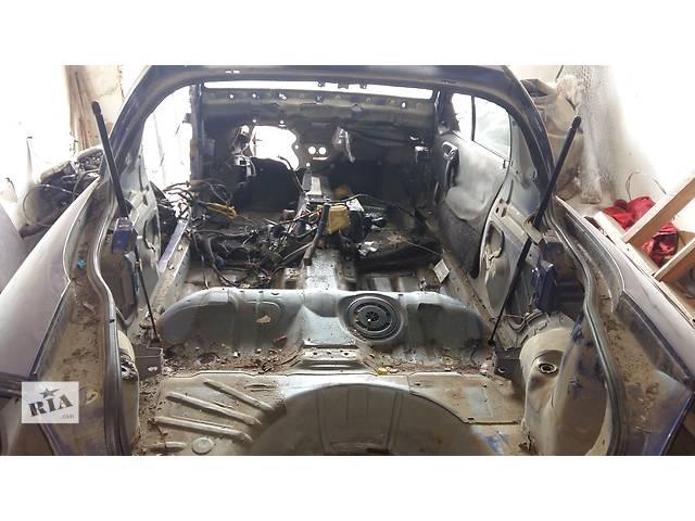 бу Б/у амортизатор багажника для легкового авто Opel Tigra в Ровно