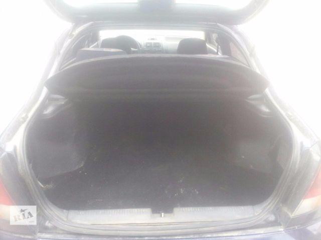 купить бу Б/у амортизатор багажника Mitsubishi Carisma 1995-2005 1.6 1.8 1.9 D ідеал гарантія!!! в Львове