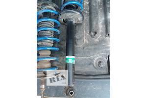 б/у Амортизатор задній/передній Volkswagen Golf IIІ